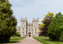 Day Tour to Stonehenge and Windsor Castle By Private Executive Car with pickup from your hotel