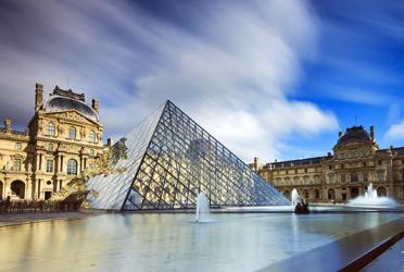 گشت یک روزه تور پاریس + برج ایفل + لوور
